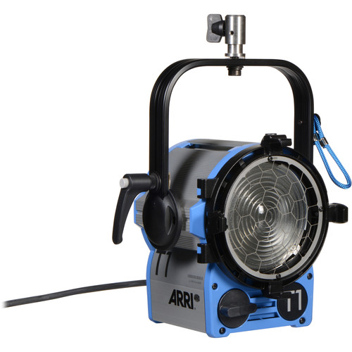 ARRI 1000W T1 Location Fresnel with Stand Mount (120-240 VAC)